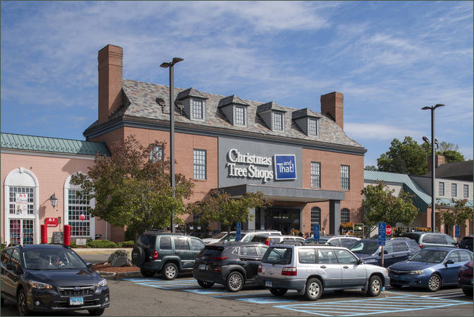 Small Restaurant Space for Lease Orange CT - Christmas Tree Plaza