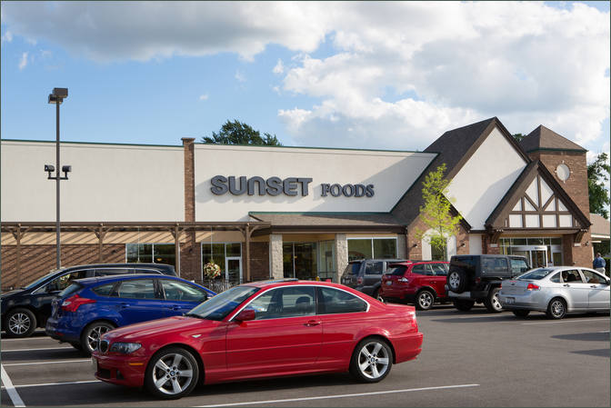 Lease Daycare Center Next to Grocer Libertyville IL - Butterfield Square – Lake County