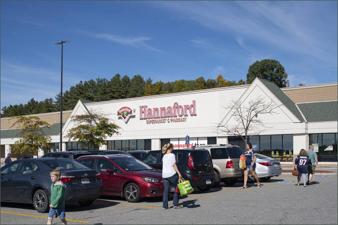 Commercial Space for Rent Next to Grocer - Lunenburg Crossing MA