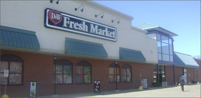 Restaurant Space for Lease Grand Rapids MI Near Grocer - Cascade East – Kent County