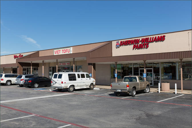 Commercial Property with Auto Shop Garland TX - Village Plaza