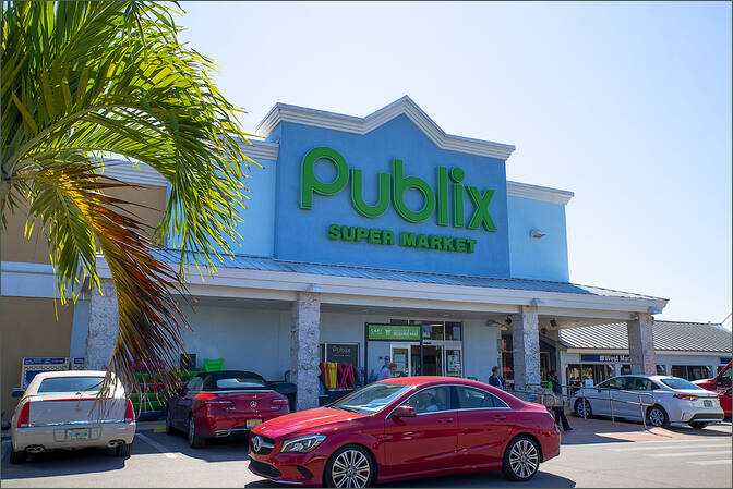 Store Space for Rent Marco Island FL Next to Publix - Marco Town Center