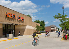 Retail Property for Lease The Commons of Crystal Lake IL – McHenry County