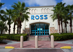 Small Stores for Rent Miami FL -Mall at 163rd Street with Ross Dress For Less