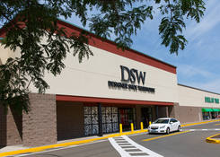 Lease Commercial Space Next to DSW - North Haven Crossing CT – New Haven County