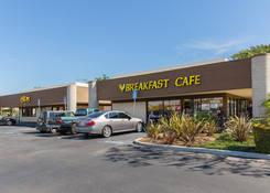 Retail Real Estate Next Restaurant - Carmen Plaza - Camarillo CA